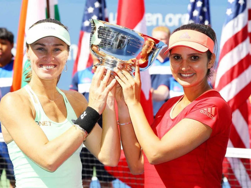 sania-mirza-martina-hingis-us-open-trophy