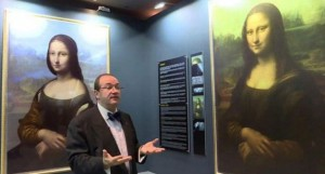 The image on the left is a digital reconstruction of what Mr Cotte claims to have found underneath the Mona Lisa